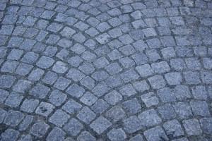 Nylagd yta med Uggleboda gatsten